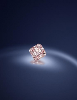 Pink Diamond Shatters Price Record In London Blue Goes For 138m