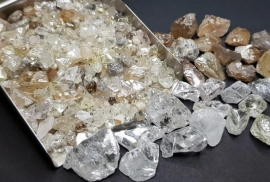 Rough Diamond Exports From Angola Fall Again In October The Diamond Loupe